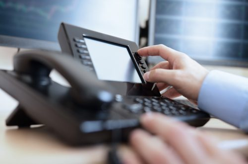 Business Phone Systems VoIP - VoIP Phone System Buying Tips