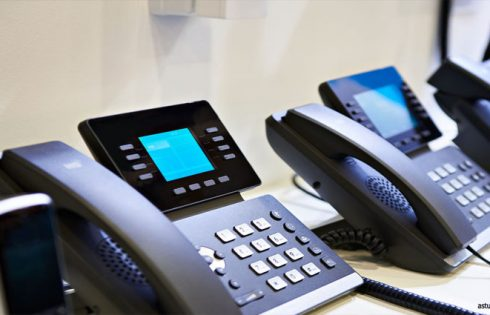 VOIP Internet Telephone - What is it and Should You Get in on It?